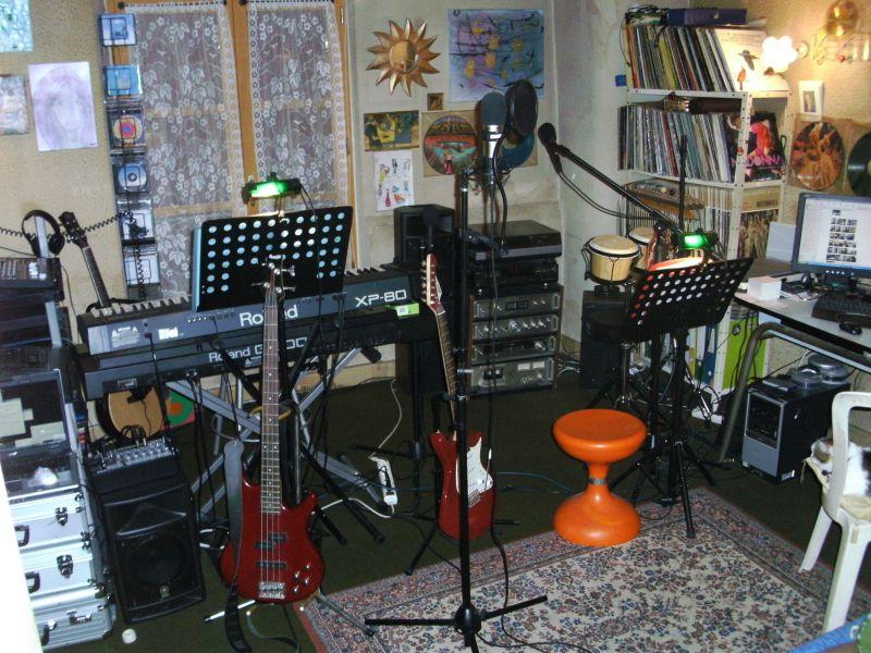 studiothalieproductions46f020.jpg